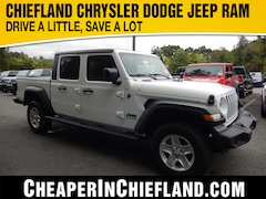 New 2020 Jeep Gladiator SPORT S 4X4 Crew Cab 20G055 1C6HJTAG7LL153420 Chiefland, near Gainesville