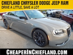 New 2019 Chrysler 300 TOURING Sedan 19L263 2C3CCAAG5KH602188 Chiefland, near Gainesville