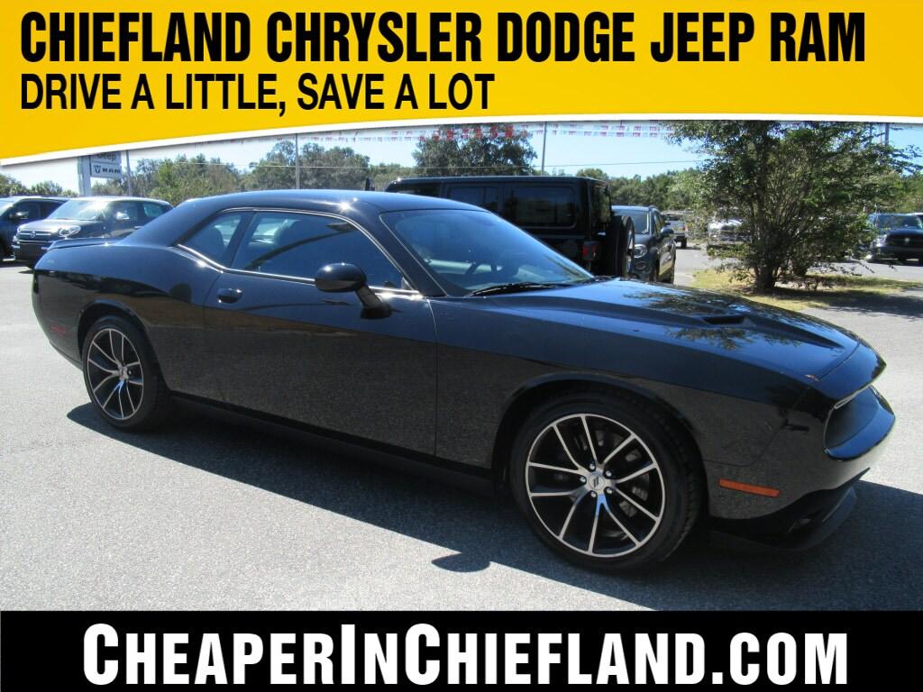 2018 Dodge Challenger SXT SXT  Coupe