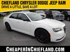 New 2019 Chrysler 300 TOURING Sedan 19L248 2C3CCAAG4KH609942 Chiefland, near Gainesville
