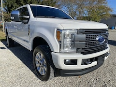 2017 Ford F-250SD Platinum Truck