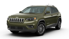 new 2020 Jeep Cherokee LATITUDE LUX 4X4 Sport Utility 1C4PJMLX7LD633605 for sale near Eau Claire at Chilson Chrysler Dodge Jeep Ram FIAT