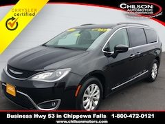 Certified 2017 Chrysler Pacifica Touring L Minivan/Van 2C4RC1BG5HR636090 for sale near Eau Claire