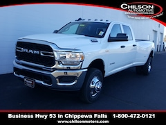 new 2019 Ram 3500 TRADESMAN CREW CAB 4X4 8' BOX Crew Cab 3C63RRGJ3KG709405 for sale near Eau Claire at Chilson Chrysler Dodge Jeep Ram FIAT