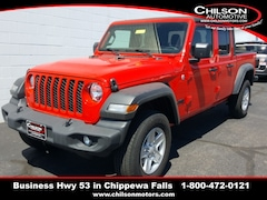 new 2020 Jeep Gladiator SPORT S 4X4 Crew Cab for sale near Eau Claire at Chilson Chrysler Dodge Jeep Ram FIAT
