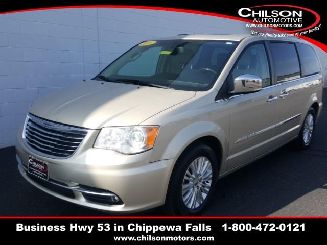 2013 Chrysler Town & Country Minivan/Van