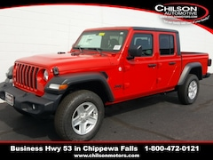 new 2020 Jeep Gladiator SPORT S 4X4 Crew Cab 1C6HJTAG3LL121984 for sale near Eau Claire at Chilson Chrysler Dodge Jeep Ram FIAT