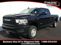 new 2020 Ram 2500 TRADESMAN CREW CAB 4X4 8' BOX Crew Cab 3C6UR5HJ3LG163492 for sale near Eau Claire at Chilson Chrysler Dodge Jeep Ram FIAT
