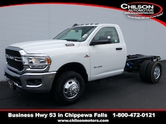 new 2019 Ram 3500 TRADESMAN CHASSIS REGULAR CAB 4X4 143.5 WB Regular Cab 3C7WRTAL4KG517670 for sale near Eau Claire at Chilson Chrysler Dodge Jeep Ram FIAT