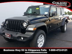 new 2020 Jeep Gladiator SPORT S 4X4 Crew Cab 1C6HJTAG7LL140117 for sale near Eau Claire at Chilson Chrysler Dodge Jeep Ram FIAT