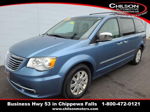 2012 Chrysler Town & Country Minivan/Van
