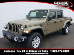 new 2020 Jeep Gladiator SPORT S 4X4 Crew Cab 1C6HJTAG7LL192248 for sale near Eau Claire at Chilson Chrysler Dodge Jeep Ram FIAT