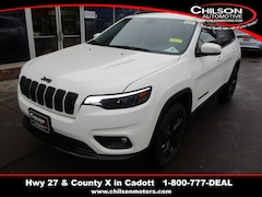 New 2019 Jeep Cherokee ALTITUDE 4X4 Sport Utility 1C4PJMLX3KD301823 for sale near Chippewa Falls, WI