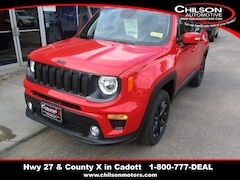 New 2019 Jeep Renegade ALTITUDE 4X4 Sport Utility ZACNJBBB4KPK04761 for sale near Chippewa Falls, WI