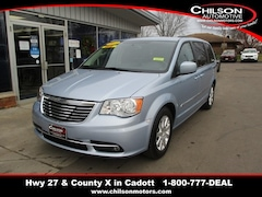 Bargain Used 2013 Chrysler Town & Country Touring Minivan/Van 2C4RC1BG1DR589215 for Sale near Chippewa Falls in Cadott, WI
