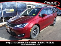 New 2020 Chrysler Pacifica TOURING Passenger Van for sale near Chippewa Falls, WI