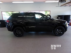 New 2019 Jeep Grand Cherokee ALTITUDE 4X4 Sport Utility for sale/lease in Painted Post, NY