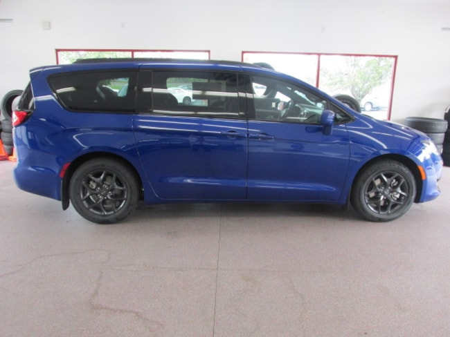 New 2019 Chrysler Pacifica TOURING L Passenger Van for sale /lease in Painted Post, NY