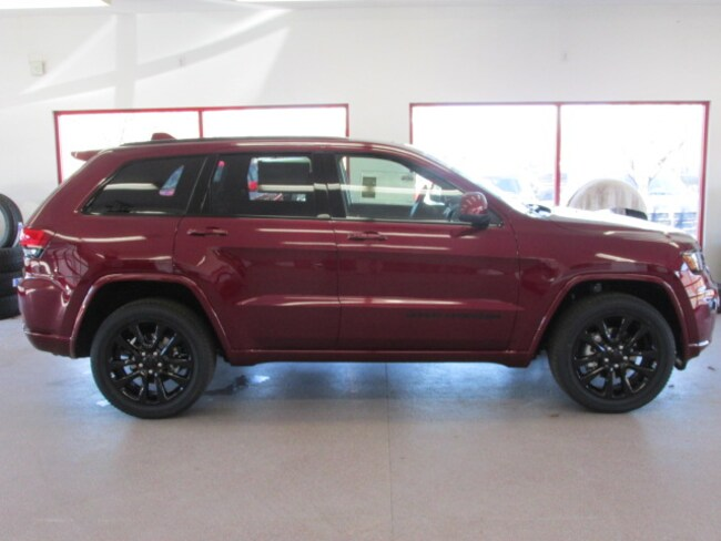 New 2019 Jeep Grand Cherokee ALTITUDE 4X4 Sport Utility for sale /lease in Painted Post, NY