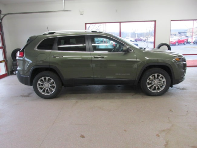 New 2019 Jeep Cherokee LATITUDE PLUS 4X4 Sport Utility for sale /lease in Painted Post, NY