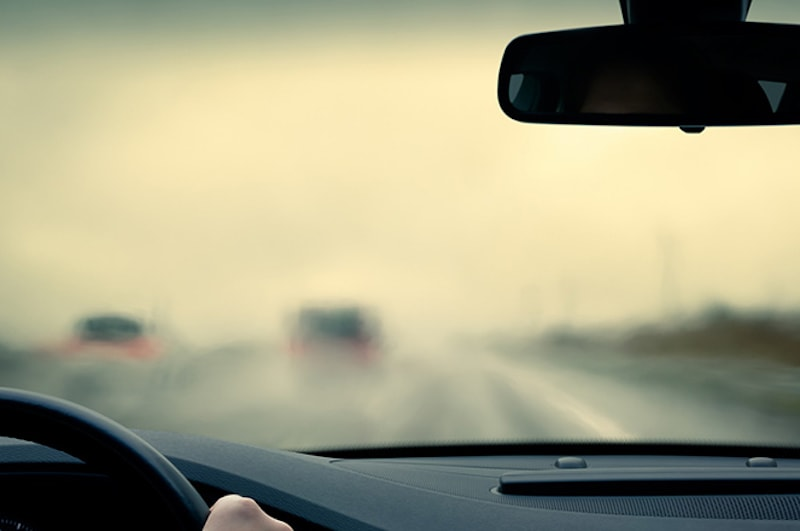 how to de-fog your windshield