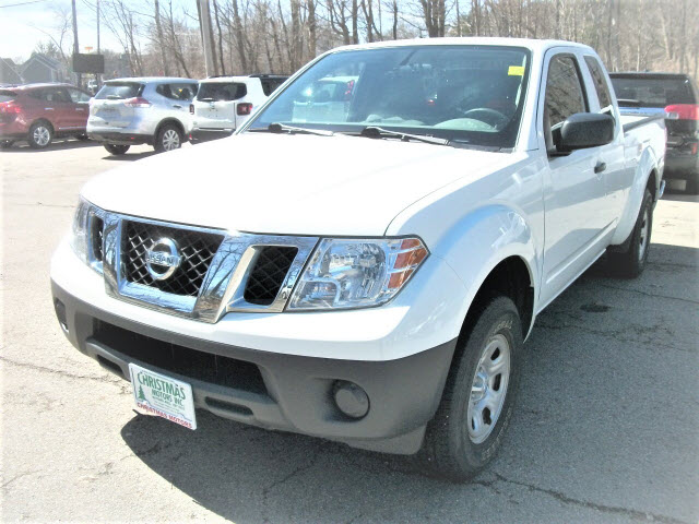 2015 Nissan Frontier SV 4x2 SV  King Cab 6.1 ft. SB Pickup 5A