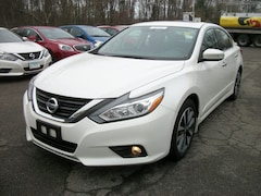 2016 Nissan Altima SL 2.5 SL  Sedan