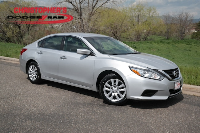 Used 2017 Nissan Altima 2.5 Sedan Golden CO
