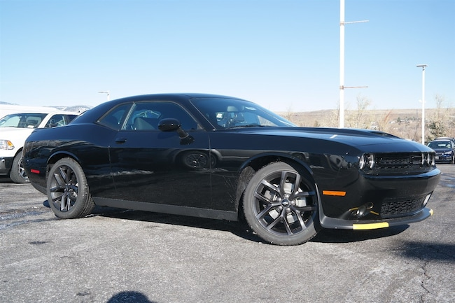 New  2019 Dodge Challenger GT Coupe Golden CO