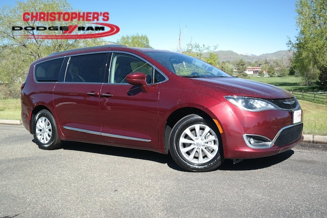Used 2018 Chrysler Pacifica Touring L Van Golden CO