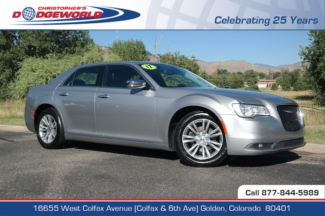 Certified  2017 Chrysler 300C Base Sedan Golden CO