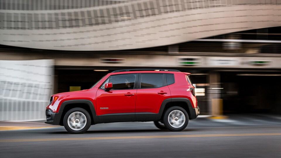 2015 jeep renegade tucson larry h miller chrysler jeep tucson. Black Bedroom Furniture Sets. Home Design Ideas