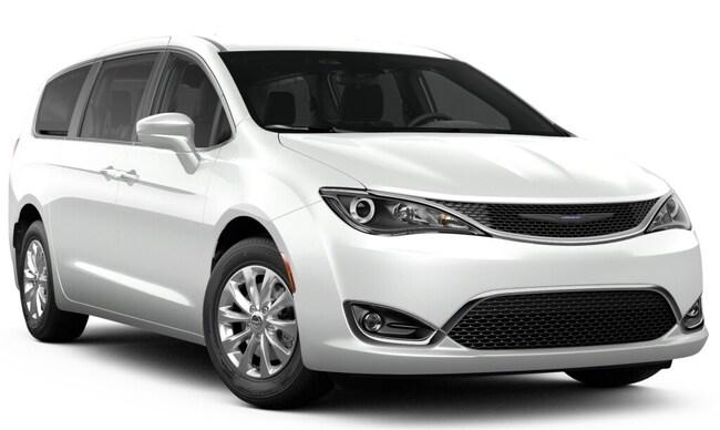 New 2019 Chrysler Pacifica TOURING PLUS Passenger Van in Stroudsburg, PA