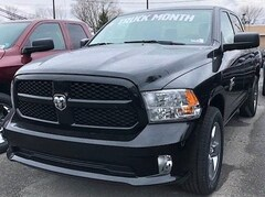 New 2019 Ram 1500 Classic EXPRESS CREW CAB 4X4 5'7 BOX Crew Cab 1C6RR7KGXKS598791 for Sale in Stroudsburg