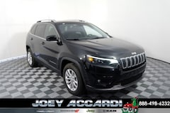 New 2019 Jeep Cherokee LATITUDE FWD Sport Utility in Pompano Beach, FL