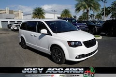 New 2019 Dodge Grand Caravan SXT Passenger Van in Pompano Beach, FL
