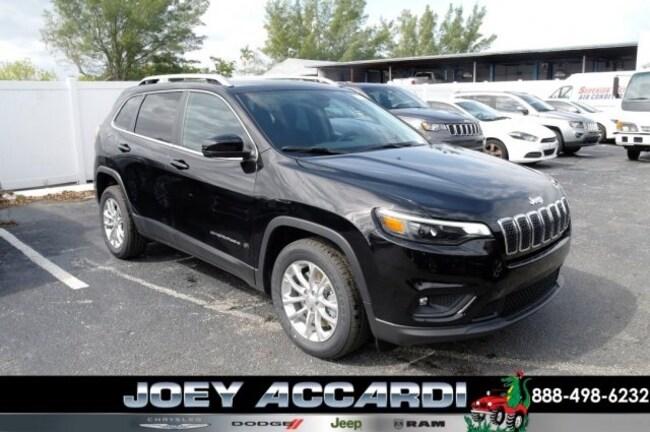 New 2019 Jeep Cherokee LATITUDE FWD Sport Utility For Sale/Lease Pompano Beach