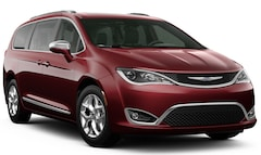 New 2020 Chrysler Pacifica LIMITED Passenger Van in Pompano Beach, FL