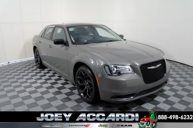 New 2019 Chrysler 300 TOURING Sedan For Sale/Lease Pompano Beach