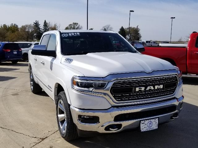 2019 Ram All-New 1500 LIMITED CREW CAB 4X4 5'7 BOX Crew Cab