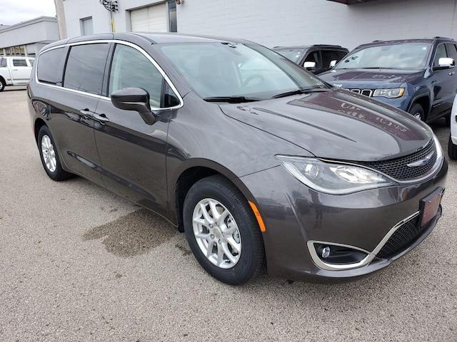 Chrysler Dealership Mn >> New 2019 2020 Chrysler Dodge Jeep Ram Dealership Winona Mn