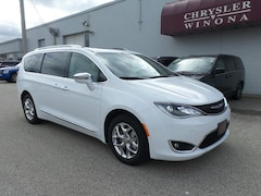 New Vehicles 2019 Chrysler Pacifica LIMITED Passenger Van in Winona, MN