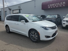 New Vehicles 2020 Chrysler Pacifica LIMITED Passenger Van in Winona, MN