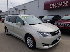 Used Vehicles 2017 Chrysler Pacifica Touring-L Van in Winona, MN