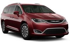 New Vehicles 2020 Chrysler Pacifica TOURING L PLUS Passenger Van in Winona, MN