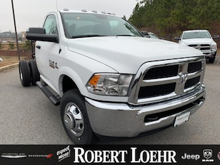 New 2018 Ram 3500 Chassis Cab 3500 TRADESMAN CHASSIS REGULAR CAB 4X2 143.5 WB Regular Cab for sale in Cartersville, GA