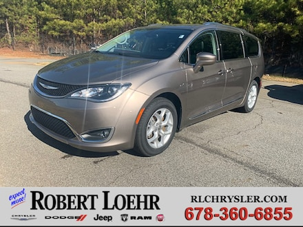 2018 Chrysler Pacifica Touring L Plus Passenger Van 2C4RC1EG9JR132501