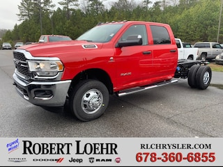 New 2019 Ram 3500 Chassis Cab 3500 TRADESMAN CREW CAB CHASSIS 4X4 172.4 WB Crew Cab for sale in Cartersville, GA