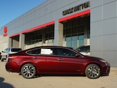 2018 Toyota Avalon Hybrid XLE Premium Sedan 4T1BD1EB3JU063502