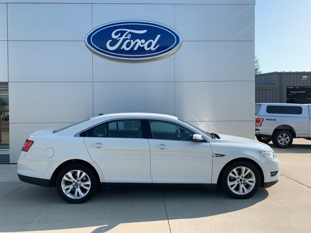 Used 2010 Ford Taurus SEL with VIN 1FAHP2EWXAG157198 for sale in New Ulm, Minnesota